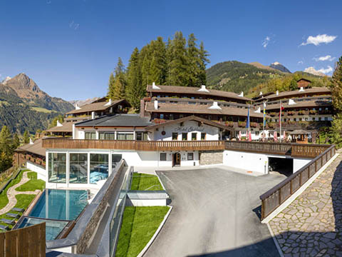 test files/hotelmedien/a/osttirol/9971-goldried/matrei-hotel-goldried.jpg