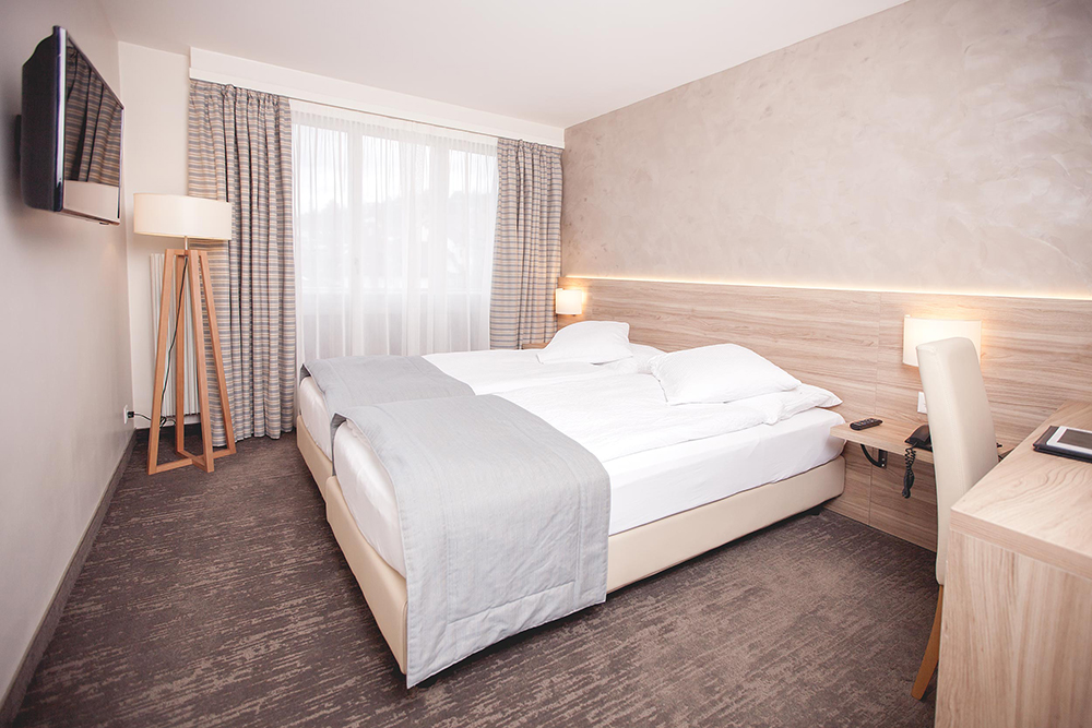 Hotel de Chailly in Chailly/Montreux - Doppelbett